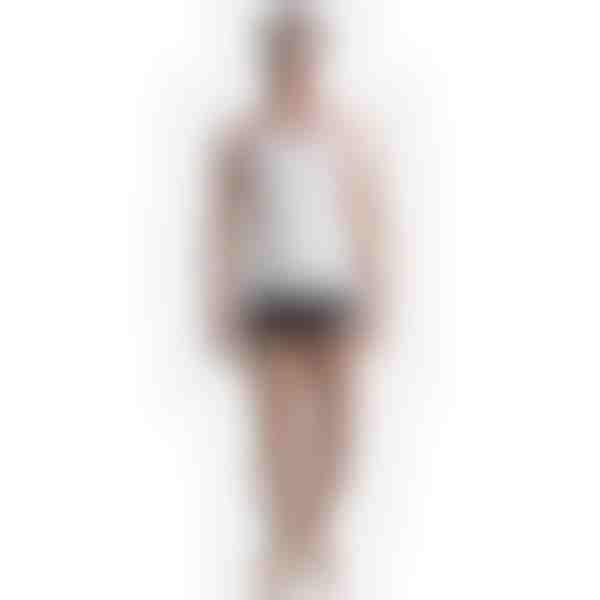 steznik za trbuh ispod haljine
